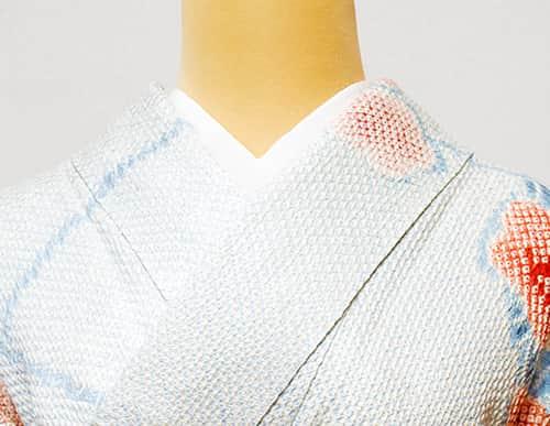 胸補正・礼装着物の着方・伊達衿が入った礼装着物の着方