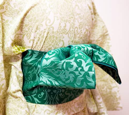 浴衣の着方・半幅帯の結び方