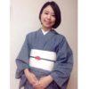 シンプルコーデに梅鶴の帯留/大阪の着付け教室きものたまより