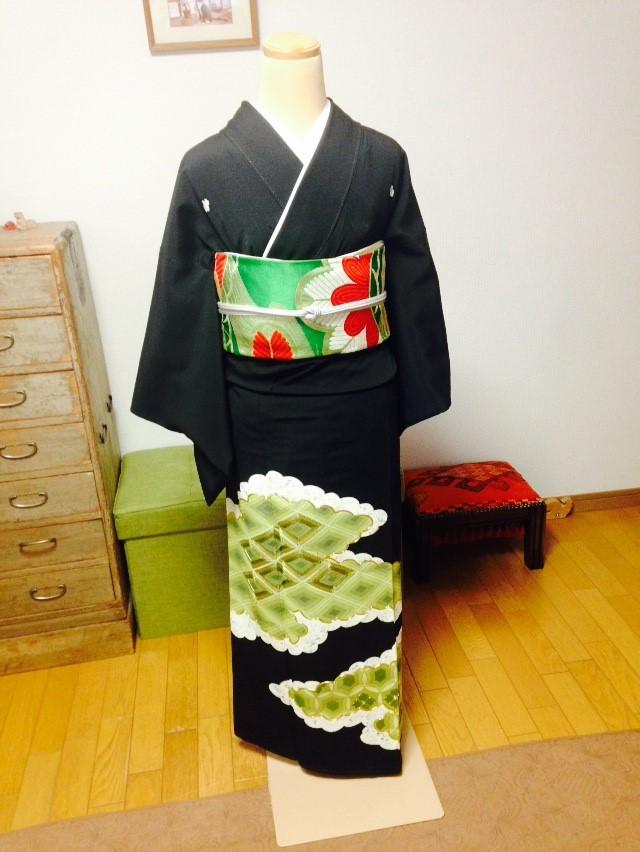 見惚れる留袖の着せ付けレッスン/大阪の着付け教室きものたまより