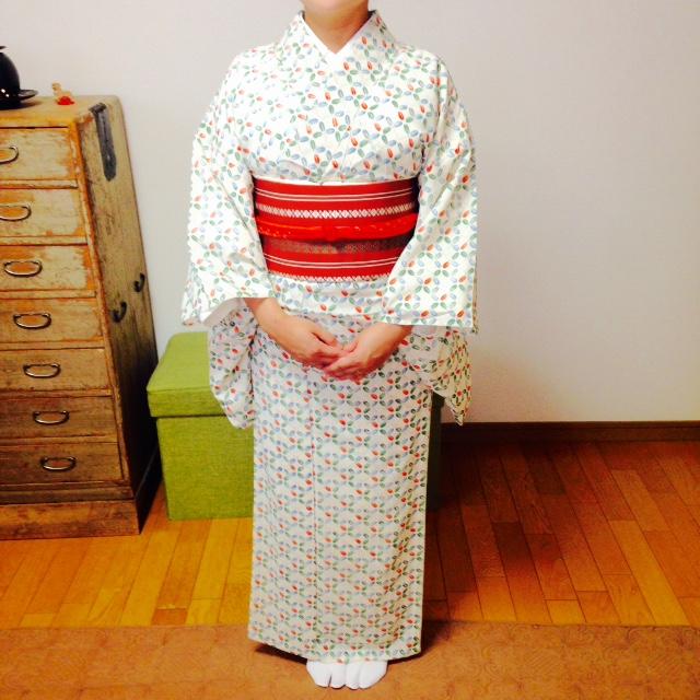 衣紋を抜いた着姿を目指すレッスン/大阪の着付け教室きものたまより
