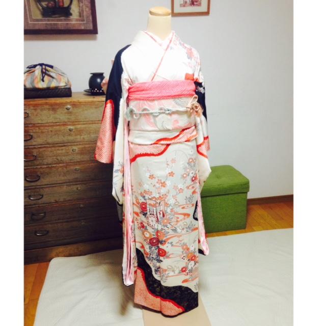 成人式に向けて美容師さんに色んな帯結びをレッスン/大阪京橋のマンツーマン着付け教室