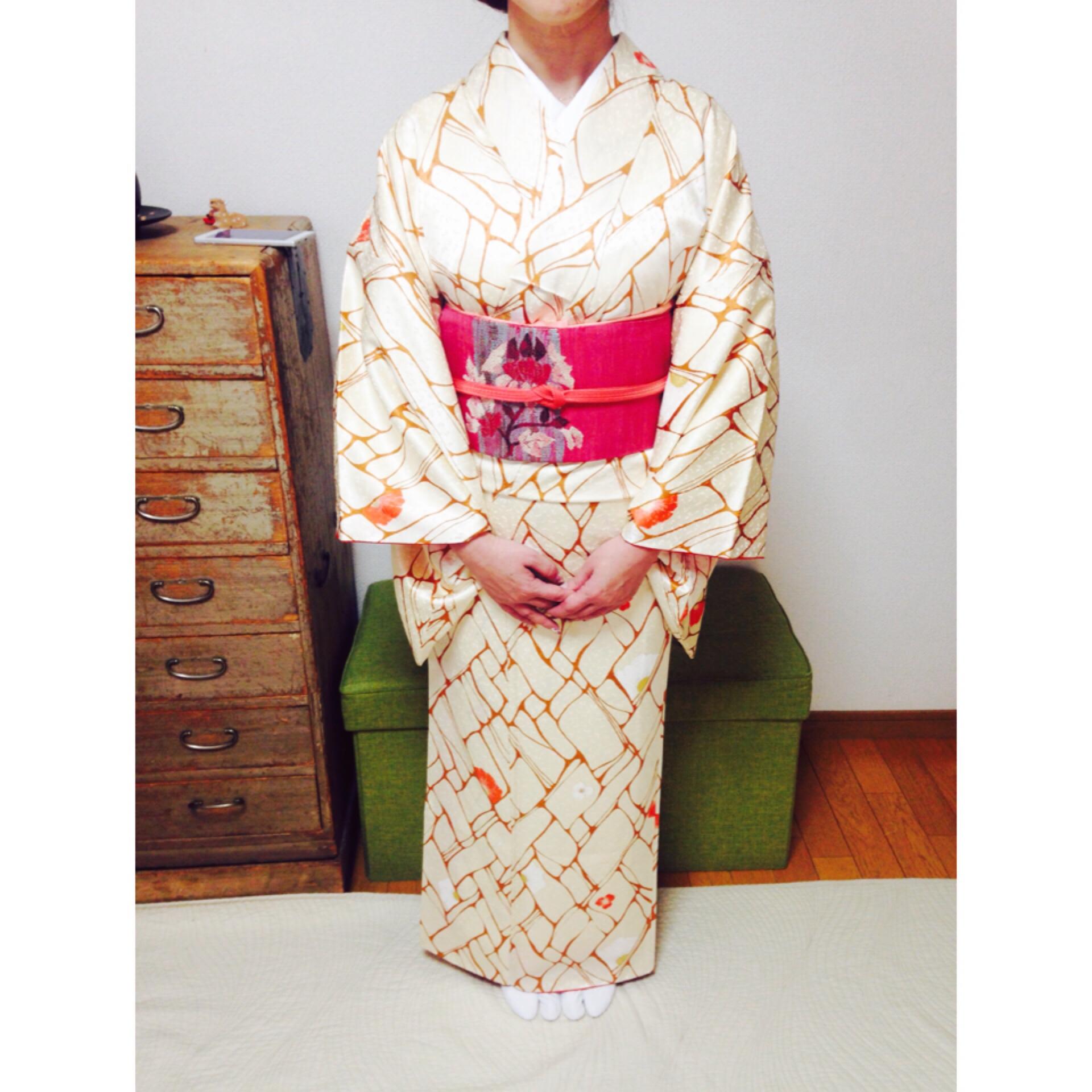 裾つぼまりのラインが回を追うごとに綺麗に【大阪京橋の着付け教室きものたまより】