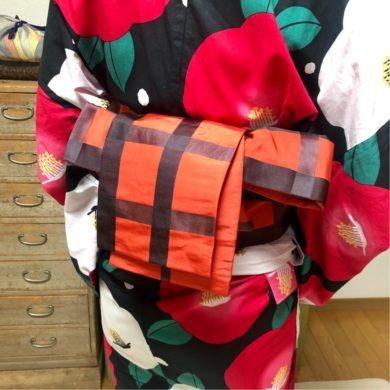 花火大会に向けて浴衣の着方・半幅帯の結び方を習得されました