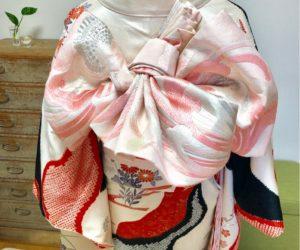 振袖と袴の着せ付けレッスン