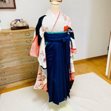 着物の着せ付けと袴の時の着物の着せ付け